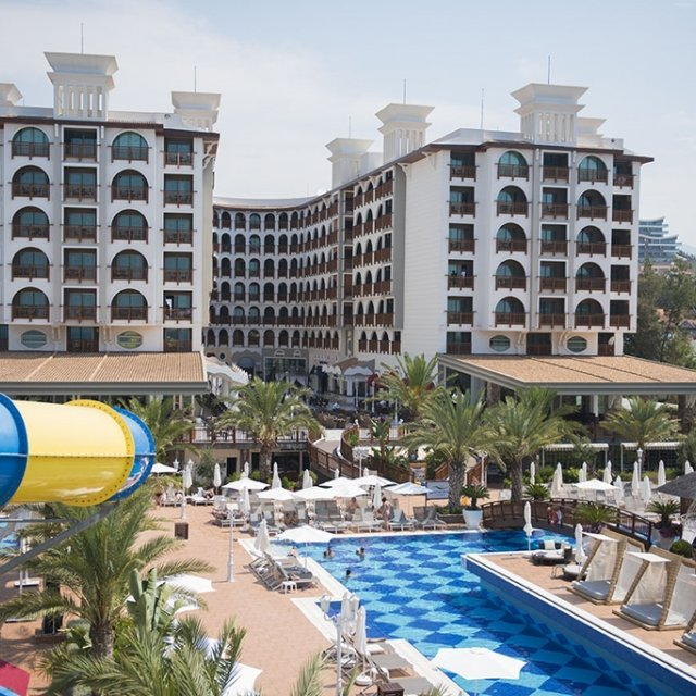 Hotel QUATTRO BEACH SPA & RESORT *****