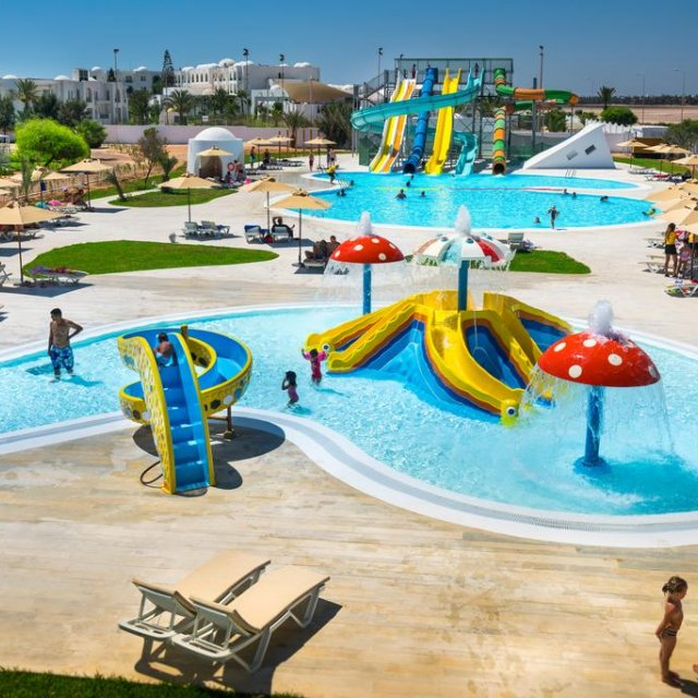 Hotel MAGIC ILIADE & AQUAPARK ****